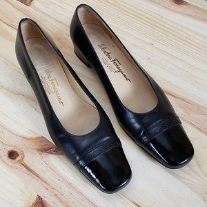 FERRAGAMO Boutique Leather Dress Loafers :943